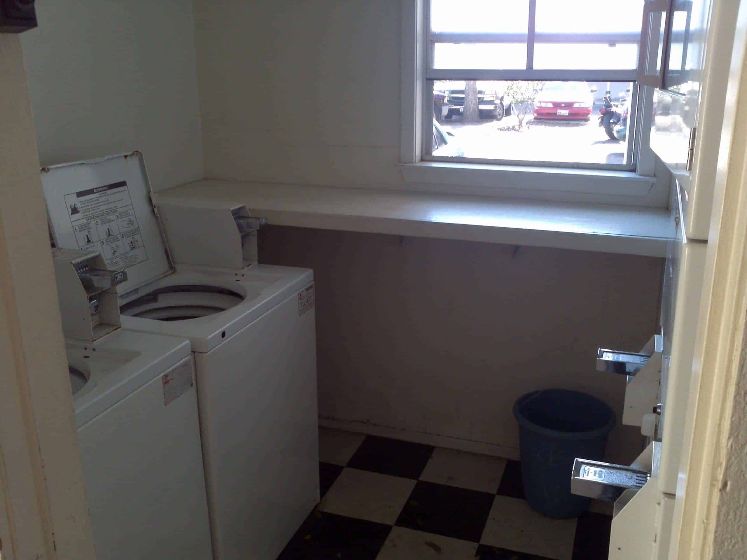 Duval Court Laundry Room - Washers